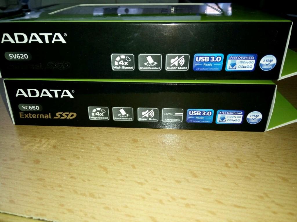 Egyre népszerűbbek a külső SSD-k. A 240GB-os ADATA SC660 és ADATA SV620 külső SSD-k jártak nálunk.