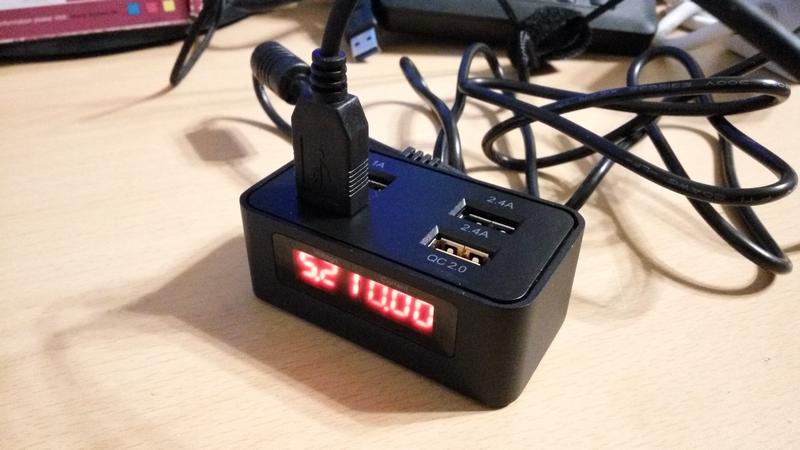 ICY BOX IB-CH403 USB - 4 portos gyors töltő