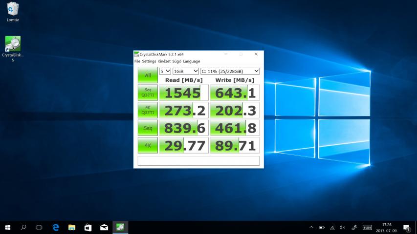 Dell XPS 13 2-in-1 notebook TESZT: CrystalDiskmark 1. mérés. Toshiba 256GB PCIe SSD nvme thnsn5256gpuk nv - www.itfroccs.hu