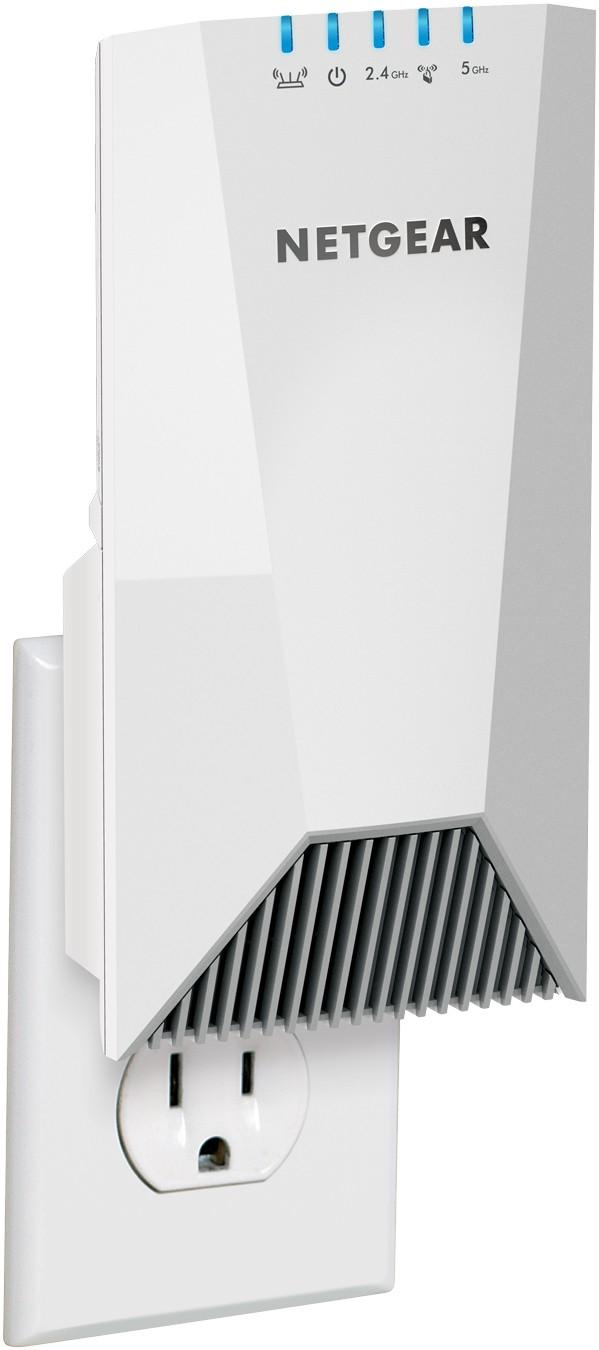 Bemutatkozik az új NIGHTHAWK X4S háromsávos, fali aljzatba dugható WiFi erősítő